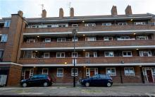 It's better to live in a block of flats or a house?