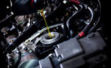 Когда пора менять автомобильное масло